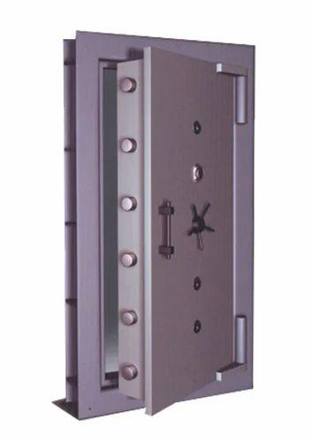 Strong Room Door  sc 1 st  IndiaMART & Strong Room Door Doors And Windows   Ideal Electronic Safes in ...