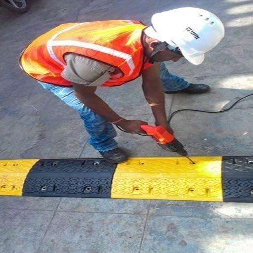 Yellow Rubber Speed Hump with Installation, for Road