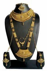 NMJ1235 Alloy Gold Plated Kundan Bridal Jewellery Set, Packaging Type: Box