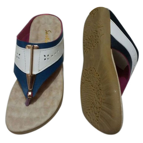 20d75c4e8850f Ladies Stylish Flat Sandal