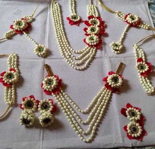 Regular Real Flower Jewellery Rs 3300 Set Handmade Jewellery