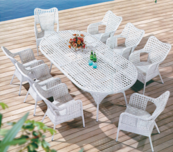 Snowy Style Outdoor Wicker Dining Table Set