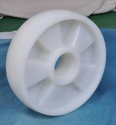 NYLONE  TROLLY WHEEL 200x50