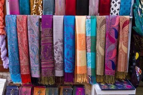 aa925ac86 Hand Woven Kashmiri Shawls, Pashmina, Silk & Cashmere Shawls   Royal ...