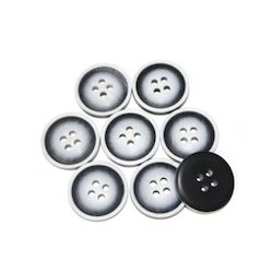 Casual Plastic Buttons, For Garments, Packaging Type: Packet