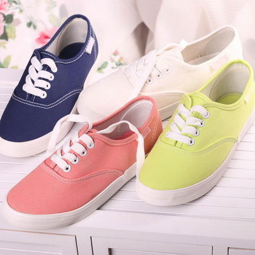 124100f79be2 Designer Ladies Sneakers - View Specifications   Details of Sneaker ...