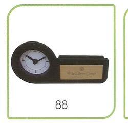88 Table and Wall Clocks