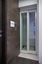 Maxx Passenger Hydraulic Lift