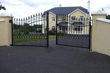 Wrought Iron Entrance Gate View Specifications Amp Details