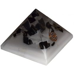 9 cm Base Length Orgone Pyramid for Reducing EMF