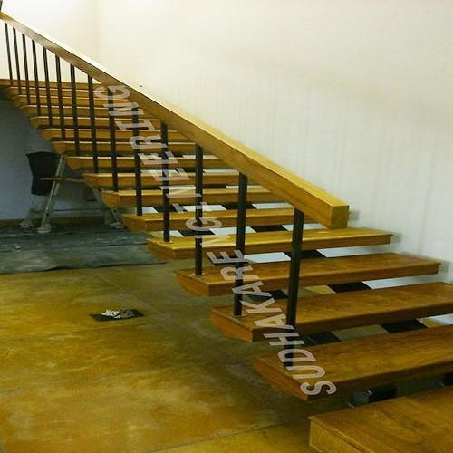 Wooden Railings At Rs 3100 Feet लकड क रलग