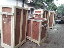 Hard Wood Plywood Boxes, Weight Holding Capacity(Kg): >1000 Kg