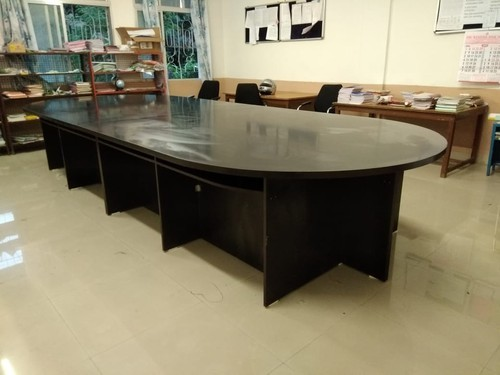 Wooden Round Conference Table Rs 15000 Unit Systems Office Automation Id 19891629712