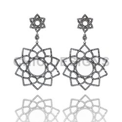 Flower Shape Filigree Earrings