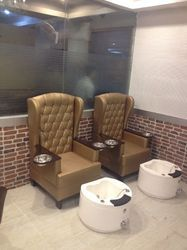 Latest Salon Pedicure Stations
