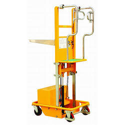 Low Height Order Picker