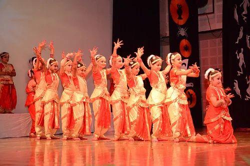 51364acdba Girls Kids Bharatnatyam Dress, Daffodils | ID: 8962942262