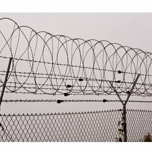 Safety Barbed Wire Fencing at Rs 150 /running feet | Wire Fencing ...