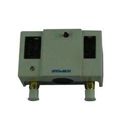 Gas Saginomiya Pressure Switch, Contact System Type: SPST, 220-240 V