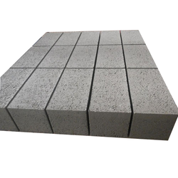 Rectangular Solid Construction Block, Size: 4 x 8 inch
