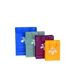 Handled Polypropylene Designer PP Carry Bag, for Shopping, Packaging Type: Bundle