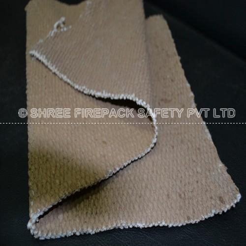 1m To 40 Mtr shree firepack safety Ceramic Fiber Blankets, 3.2mm