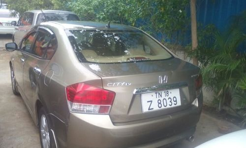 Honda City I VTEC V Car
