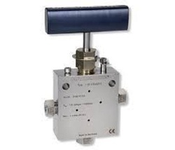Ultra High Pressure Needle Valve
