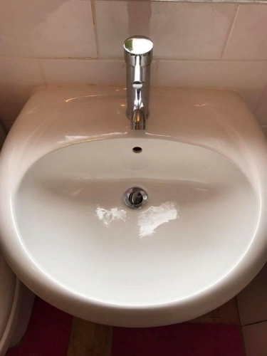 Basin Sink & Basin Taps Wholesale Trader from New Delhi