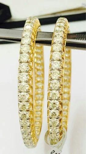 df824d1ba17 Arti Gems 30 Pointer Single Line Diamond Bangle, Rs 1375000 /pair ...