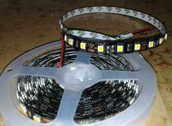 5050 Strip 3 Chip In Black Base