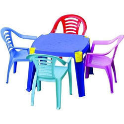 Attractive Plastic Dining Set At Rs 3300 /piece | Plastic Ki Dining Table   Rfh  Solutions Pvt. Ltd., Jalandhar | ID: 13101909455