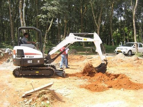 Bobcat Mini Excavator, Model: E32, Doosan Bobcat India