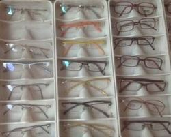 Opticals Glasses