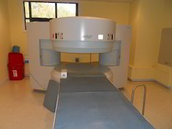 MRI Machine - Hitachi Airis II