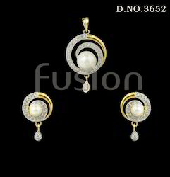 fusion American Diamond Antique Pendant Set