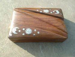 Brown Wooden Sun Moon Box, Size: 6*4*2