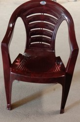 Cream Nilkamal plastic chairs, Size: Standard