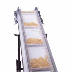 Mild Steel Food Grades Vertical Conveying System