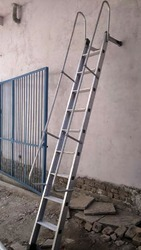 SKL Aluminum Wall Supported Railing Ladder