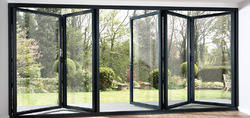 Standard Aluminium Folding Door, 4-8 Mm