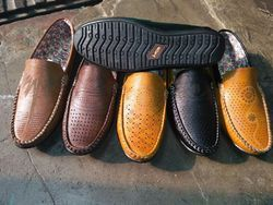 sk shoes agra  manufacturer of casual shoes and formal