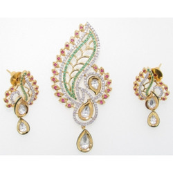 Ultra Shine Chatresh 925 Sterling Silver Kundan Pendant Set