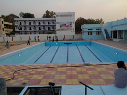 Race Course Pool