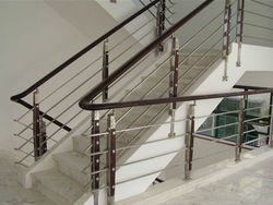 Stainless Steel Railings With Wooden Balustrade