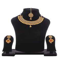 Antique Necklace Set with Earring And Mangtika