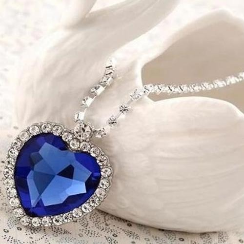 Titanic heart ocean pendant at rs 28000 approx price new delhi titanic heart ocean pendant aloadofball Choice Image
