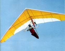 Hang Gliders at Best Price in India
