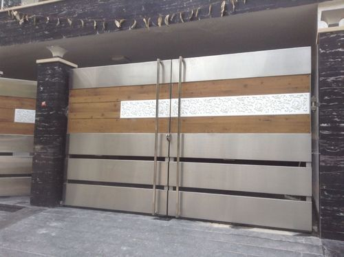 Stainless Steel Gate At Rs 2200 Square Feet Stainless