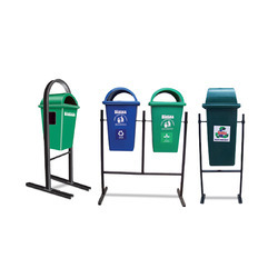 Litter Bins With Permanent Structure